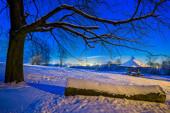 Zimowy wieczór na Karczówce