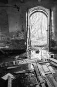 Wejście do starego młyna w Zreczu Dużym